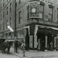 """""""Finest Drug Store in Texas"""" (1908)"""